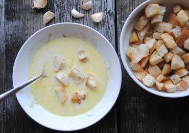 Za krepitev odpornosti in v boj proti prehladu s česnovo juho