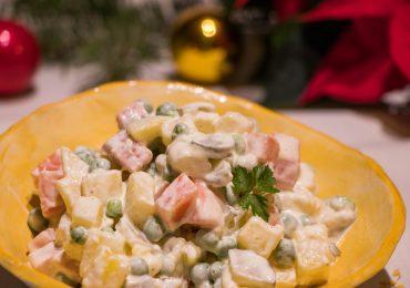 Praznična francoska solata z domačo majonezo